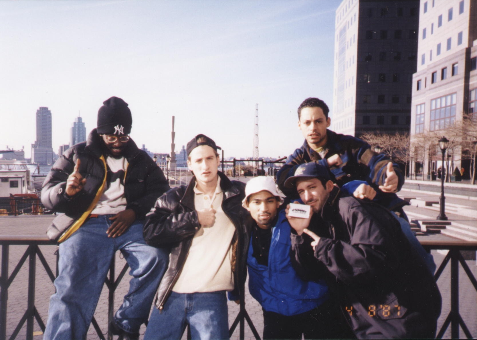 Group Flick – WTC Promenade